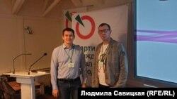 Активист Николай Кузьмин и депутат Псковской городской думы Дмитрий Пермяков