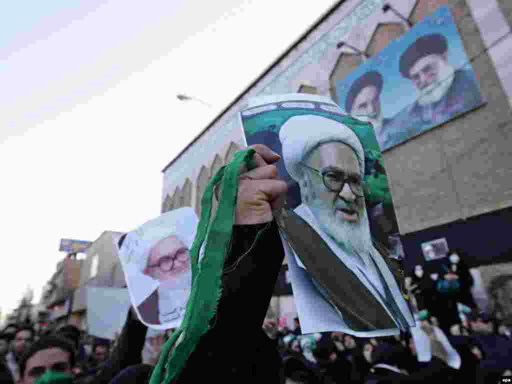 Many supporters of Iran's Green Movement attended the funeral, many of them chanting antigovernment slogans.