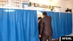 İkram İsrafil referendumda müşahidəçilərin qeydə aldığı qanun pozuntularının MSK-da araşdırılmamasına etirazını bildirib