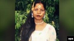 آسیه بیبی زن پاکستانی که به اتهام ارتداد چندین سال با تهدید مجازات مرگ در پاکستان مواجه بود