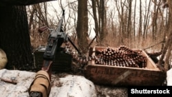 За даними українських військових, бойовики стріляли із заборонених Мінськими домовленостями видів зброї