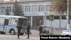 Внаслідок нападу в коледжі в окупованій Керчі, що стався 17 жовтня, загинула 21 людина, близько півсотні поранені