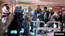 Եգիպտոս - Ռուսաստանցի զբոսաշրջիկները Շարմ էլ-Շեյխի օդանավակայանում, արխիվ