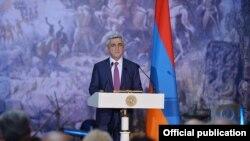 Президент Армении Серж Саргсян выступает с речью по случаю Дня Первой Республики, 28 мая 2015 г.