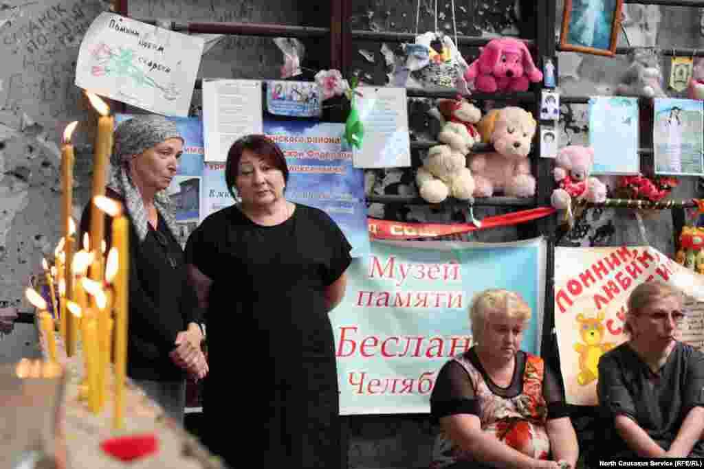 Матери Беслана больше молчали, вспоминая о своих погибших детях