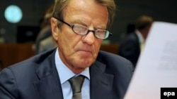 French Foreign Minister Bernard Kouchner in Brussels for an extraordinary meeting of EU foreign ministers.