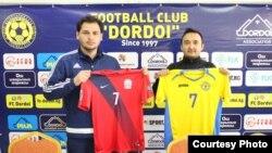 Футбольные клубы «Балкан» и «Дордой». Ош. Фото Федерации футбола КР.