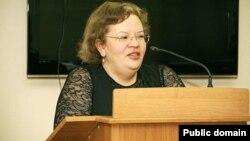 Yelena Şişmaryova ev məhbusluğunda vəfat edib