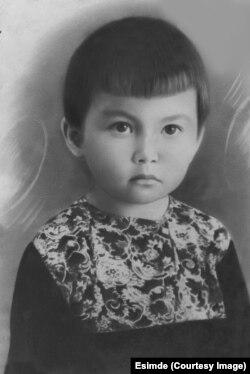 Гайша Ибрагимова в детстве. Город Дудинка.