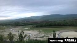 Белогорское водохранилище в мае 2020 года