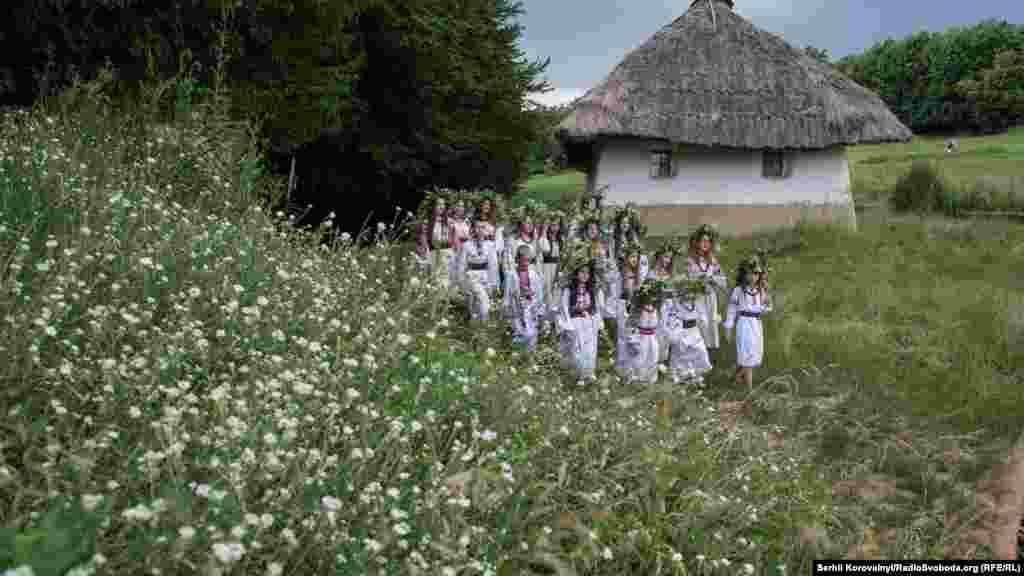 Свято Івана Купала відзначають у день літнього сонцестояння, але в православній традиції (за старим стилем) він припадає на 6-7 липня
