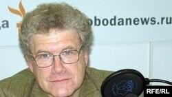 Марк Урнов в студии Радио Свобода
