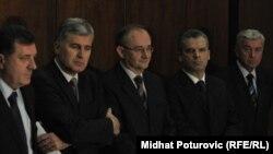 Milorad Dodik, Dragan Čović, Božo Ljubić, Fahrudin Radončić i Beriz Belkić na jednom od postizbornih dogovora, decembar 2010