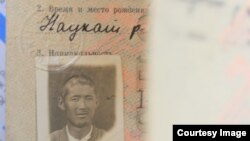 Кадыр Ташматовдун сүрөтү