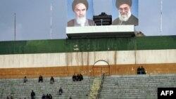 """15-nji aprelde uly çäre geçiriljek """"Azadi"""" stadionynyň bir künji. Tähran, mart, 2011."""
