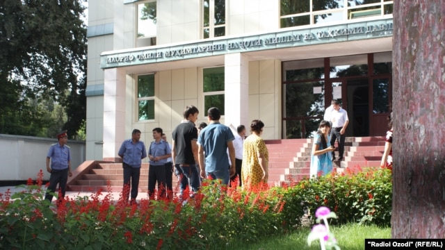 Students gather to protest at the Ministry of Education in Dushanbe, Tajikistan on 30 August, 2012.