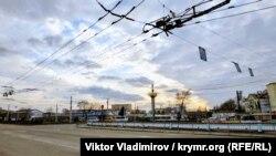 От цивилизации к разрухе: прогулка по улице Козлова в Симферополе (фотогалерея)