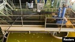 Cameco Corp компаниясы уран кенішінде ядролық отын өндіруді екі есеге арттырмақ. Оңтүстік Қазақстан облысы, Тайқоңыр елді мекенінің қасындағы уран өндірісі. 5 маусым 2010 жыл.