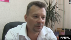 Руслан Лубинский во время интервью Радио Свобода в 2015 году. Тогда он был замом городского главы Курахово и волонтером
