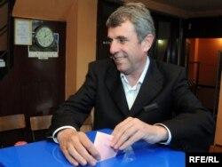 Neven Gošović na izborima u maju 2010. godine, foto: Savo Prelević