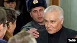 Уголовное дело в отношении бывшего главы российского Министерства печати Бориса Миронова было возбуждено еще в 2003 году