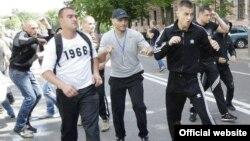 «Спортсменів», які били журналістів, було кілька, міліція спромоглася відшукати одного