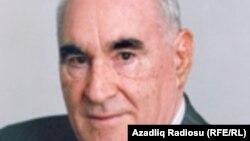Fəttah Heydərov