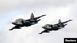 Военные самолеты Су-25.