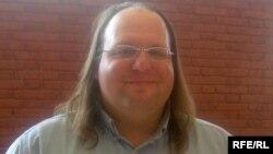 ايتن زاکرمن، مدير «مرکز رسانههای مدنی» در انستيتو تکنولوژی ماساچوست (MIT)