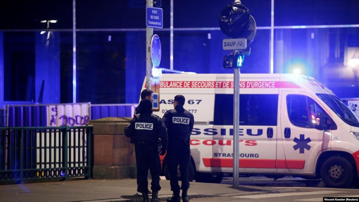 تیراندازی در بازار کریسمس استراسبورگ؛ دست کم دو تن کشته و هشت نفر زخمی شدند