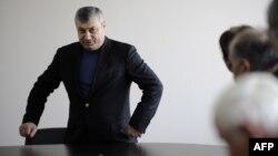 Телезрители не упустили из виду реакцию партии власти на приезд в Южную Осетию экс-президента Эдуарда Кокойты