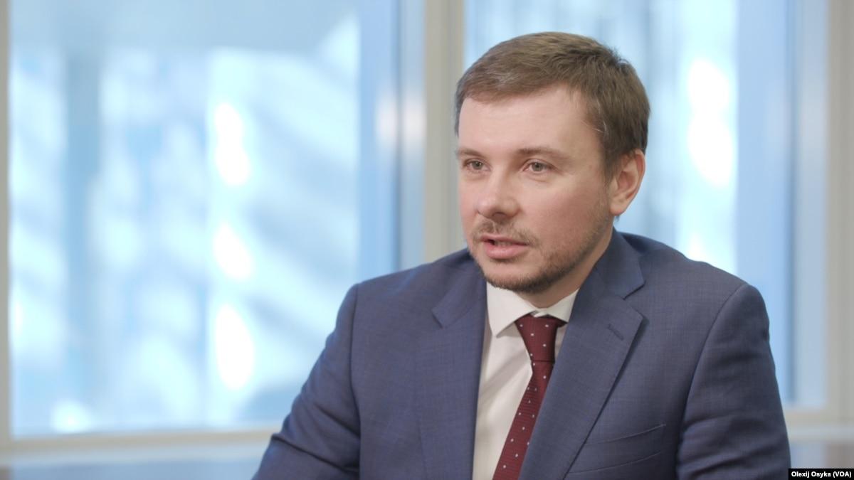 Украинский работник за год производит столько же продукции, как немецкий за 17 дней – Всемирный банк