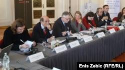 Uvodničari okruglog stola o procesuiranju ratnih zločina