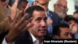 Lider venecuelanske opozicije Juan Guaido (Huan Gvaido)