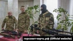 В Керчи в честь российского «Дня защитника отечества» провели выставку вооружения и техники