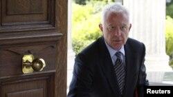 Грекияның уақытша үкіметінің басшысы премьер-министр Панагиотис Пикраменос.