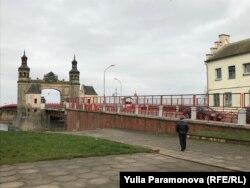 Пограничный переход через мост королевы Луизы