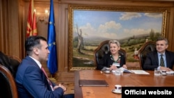 Премиерот Зоран Заев и Сибил Зутер Техада, амбасадорка на Швајцарија во Република Македонија