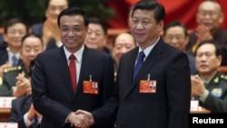 Presidenti Xi Jinping me kryeministrin Li Keqiang