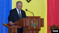 23 марта 2012 года. Избрание Николае Тимофти главой государства положило конец политическому кризису, длившемуся три года