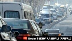В целом, автопарк Грузии более чем на 70% состоит из автомобилей, срок эксплуатации которых превышает 15 лет