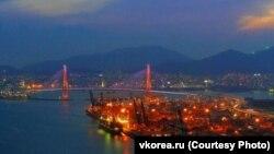 Порт Пусан в Южной Корее