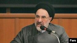 محمد خاتمی از تقسیم بندی های داخلی بر اساس کفر و ایمان انتقاد کرد. (عکس: فارس)
