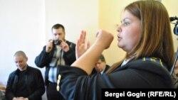 Анна Позднякова и Сергей Удальцов в мировом суде, 25 мая 2012