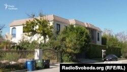 Будинок у Лос-Анджелесі, де відпочиває дружина Віталія Кличка
