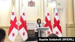 Саломе Зурабишвили выразила готовность встретиться с представителями всех политических сил