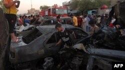 Pamje pas një sulmi të mëparshëm në lagjen Sadr City në Bagdad
