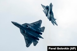 Перспективный российский истребитель 5-го поколения Су-57