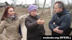 Кацярына Кавалевіч з Аленай Луцковіч і Анатолем Лябедзькам