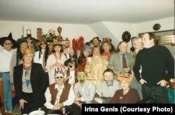 Хэллоуин в доме Александра Гениса